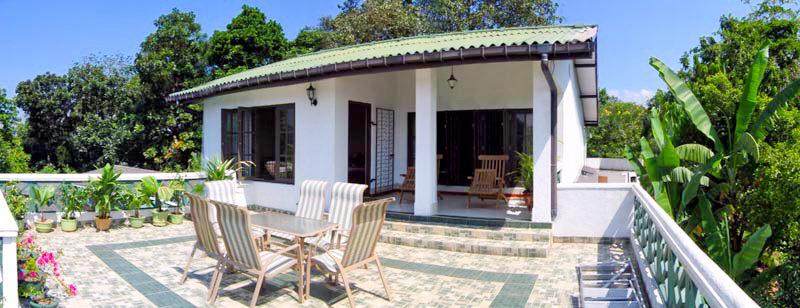 Hill Property in Sri Lanka - Kandy, Banderawela, Nureliya